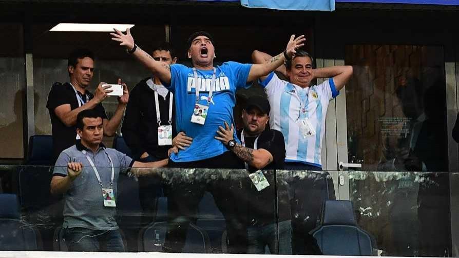 Darwin y dos mentiras: el entorno de Maradona y el apoyo de Mujica a Astori - Columna de Darwin - No Toquen Nada | DelSol 99.5 FM