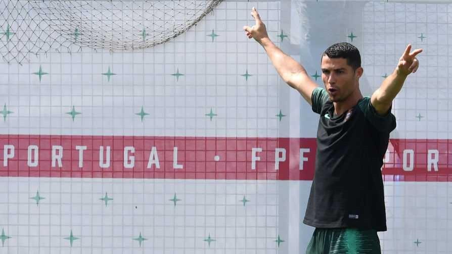 Los bosquejos de las canciones de hinchada frente a Portugal - Darwin - Columna Deportiva - No Toquen Nada | DelSol 99.5 FM