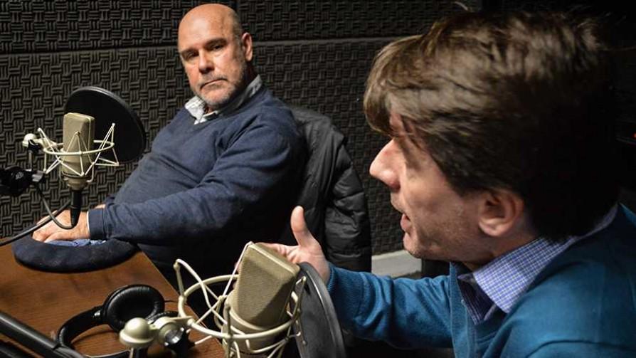 ¿Uruguay atrapado entre Argentina y Brasil? - Entrevista central - Facil Desviarse | DelSol 99.5 FM