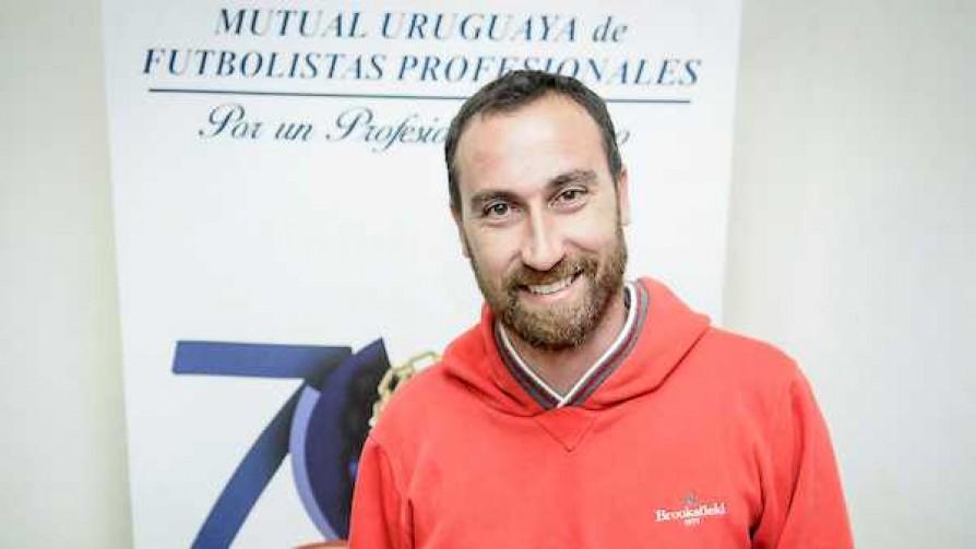 Etulain es el nuevo presidente de La Mutual - Entrevistas - 13a0 | DelSol 99.5 FM