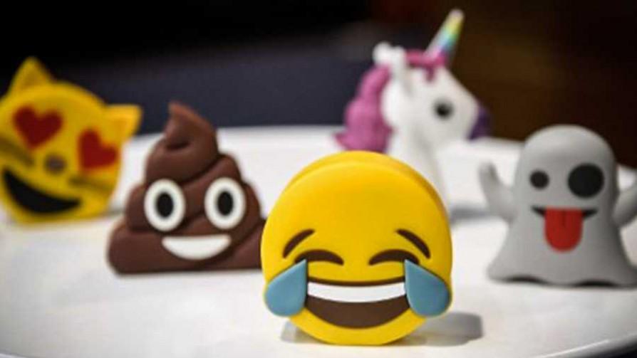 ¿Cuáles son los emojis que faltan?  - Sobremesa - La Mesa de los Galanes | DelSol 99.5 FM