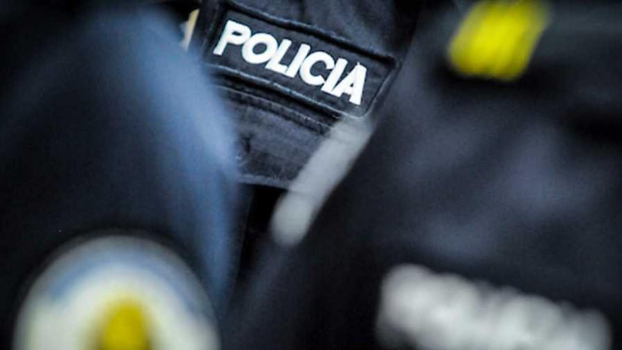 Locademia de PoliPolicía - Zona ludica - Facil Desviarse | DelSol 99.5 FM