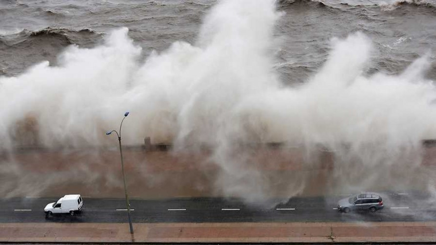 El ciclón y la desviación de su centro - Entrevistas - No Toquen Nada | DelSol 99.5 FM