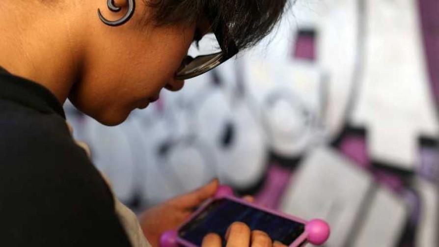 ¿Qué prefieren los jóvenes de hoy: pareja, auto o internet? - Quien te pregunto - Quién te Dice | DelSol 99.5 FM