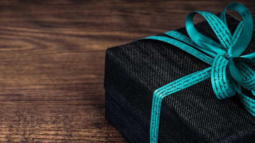 ¿Qué se hace con los regalos que no te gustan?  - Sobremesa - La Mesa de los Galanes | DelSol 99.5 FM