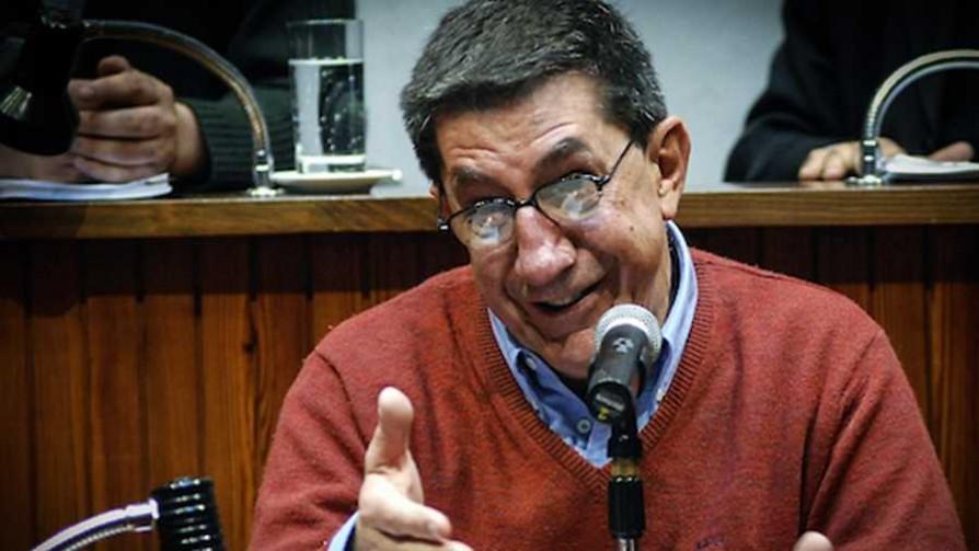¿A quién y dónde pondrían monumentos en Uruguay?  - Sobremesa - La Mesa de los Galanes | DelSol 99.5 FM