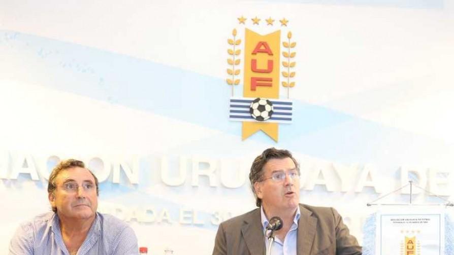 Las prioridades son el nuevo estatuto y la continuidad de Tabárez - Informes - 13a0 | DelSol 99.5 FM