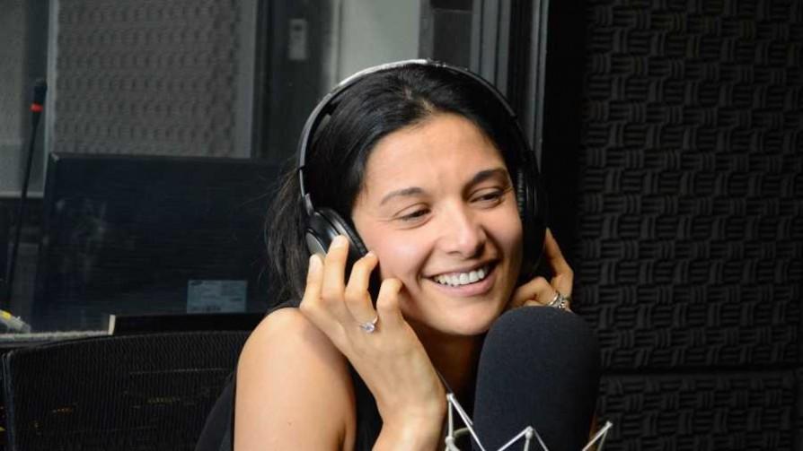 Claudia Umpiérrez se abre camino en el fútbol - Charlemos de vos - Abran Cancha | DelSol 99.5 FM