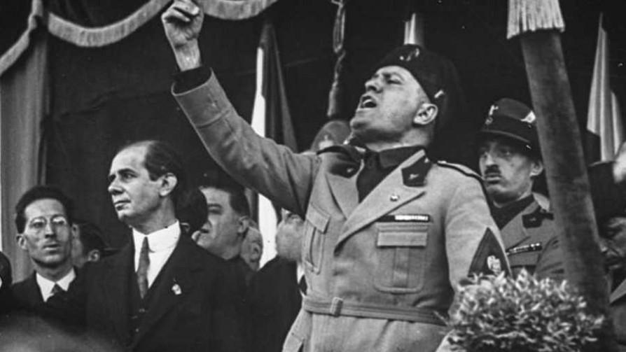 La otra cara de Mussolini  - La historia en anecdotas - Facil Desviarse | DelSol 99.5 FM