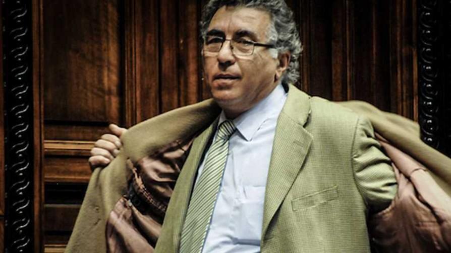 Darío Pérez, el voto que faltaba para la reforma de la Caja Militar - Cambalache - La Mesa de los Galanes | DelSol 99.5 FM