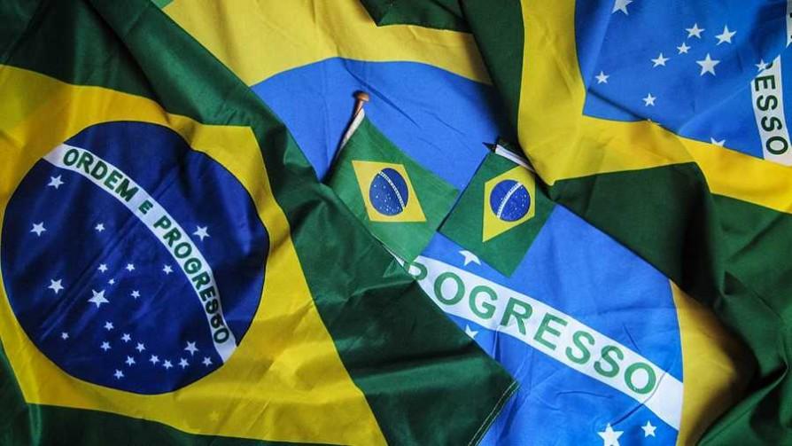 La reconciliación del Tío Aldo con Brasil es con música - Tio Aldo - La Mesa de los Galanes | DelSol 99.5 FM