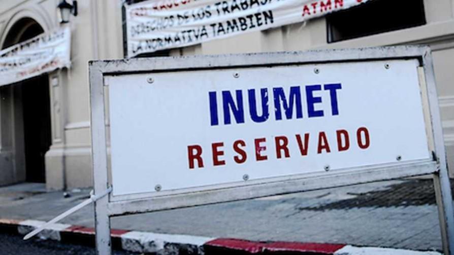 Polémica por el despido de un trabajador de Inumet - Cambalache - La Mesa de los Galanes | DelSol 99.5 FM