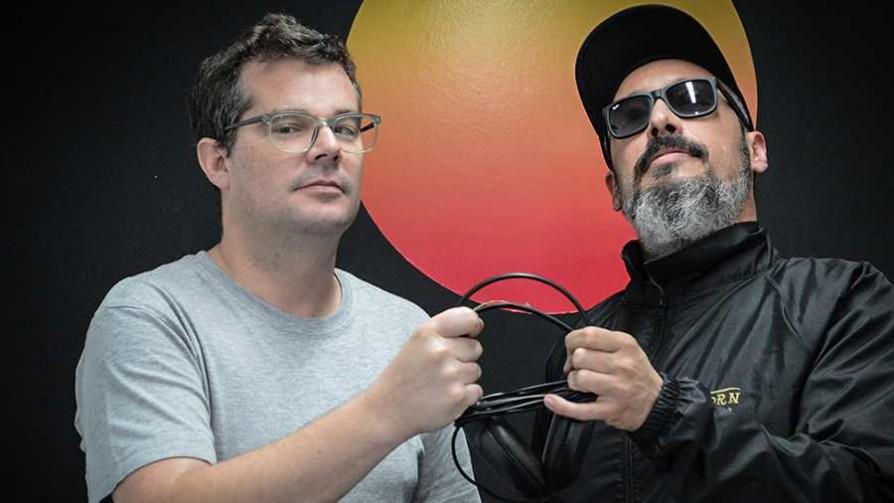 Música para la veda política y comunión con los hermanos peruanos - DJ vs DJ - La Mesa de los Galanes | DelSol 99.5 FM