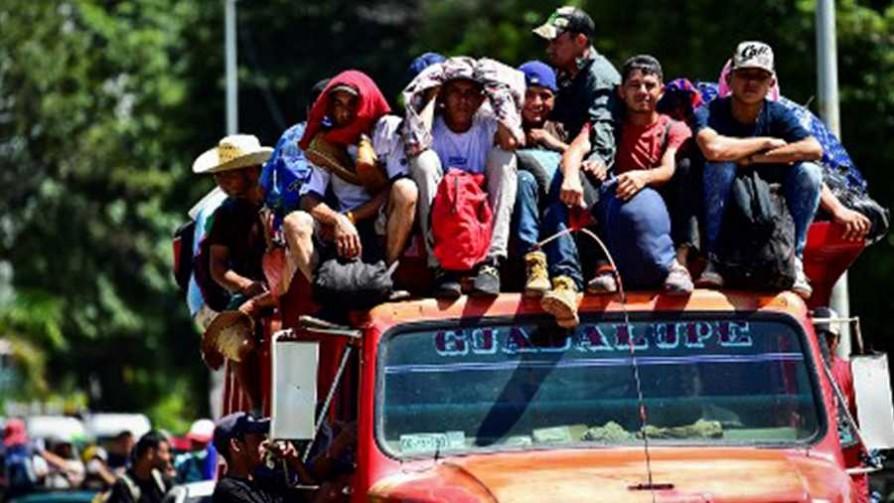 Miles de migrantes superan frontera Guatemala - México - Cambalache - La Mesa de los Galanes | DelSol 99.5 FM