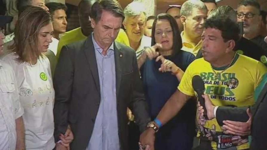El discurso neopentecostal patriota de Bolsonaro - Denise Mota - No Toquen Nada | DelSol 99.5 FM