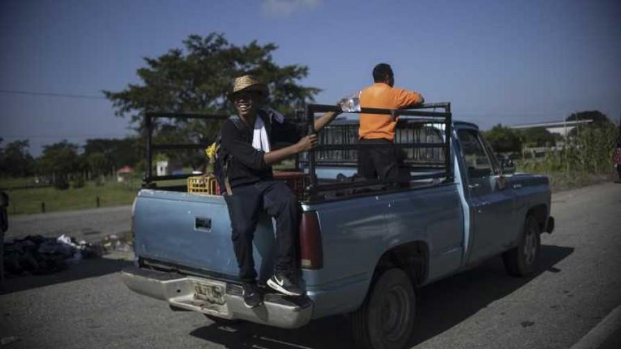 Trump mandó soldados a frenar la caravana migratoria - Cambalache - La Mesa de los Galanes | DelSol 99.5 FM
