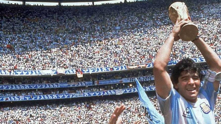 El Top 3 de los mejores futbolistas de la historia - Audios - 13a0 | DelSol 99.5 FM