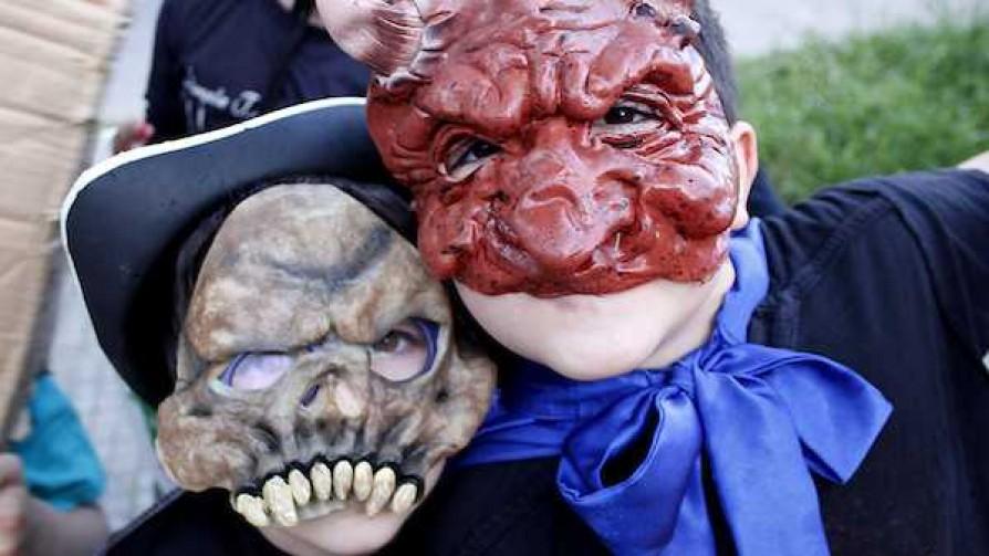 La dictadurita de Halloween y el chequeo médico del Pepe - Columna de Darwin - No Toquen Nada | DelSol 99.5 FM