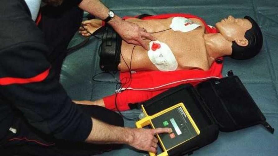 No hay protocolo para casos de muerte súbita en escenarios deportivos - Informes - No Toquen Nada | DelSol 99.5 FM