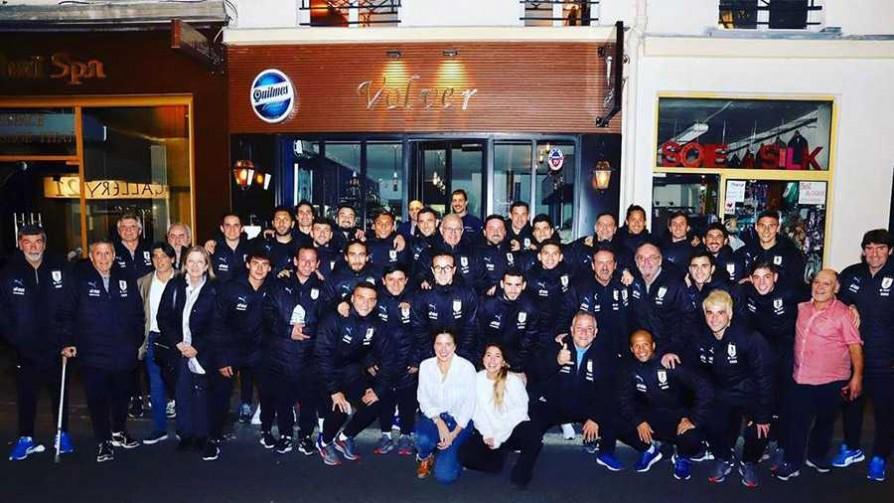 El profe y Bienvenido hablaron con el dueño del restorán parisino donde comió la selección - Deporgol - La Mesa de los Galanes | DelSol 99.5 FM