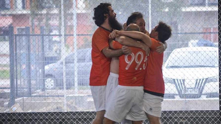 Campeonato interradial de fútbol 5, ¿quién representa a Del Sol?  - Sobremesa - La Mesa de los Galanes | DelSol 99.5 FM