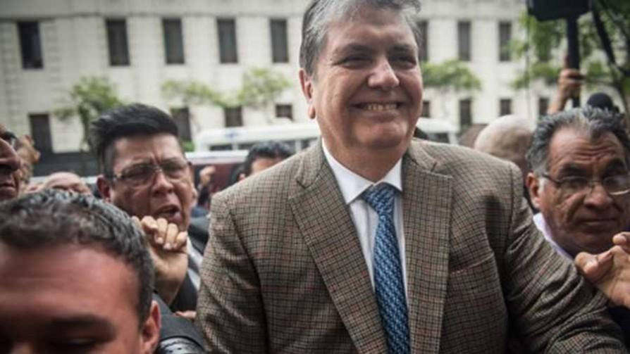 Uruguay niega asilo político a Alan García - Cambalache - La Mesa de los Galanes | DelSol 99.5 FM