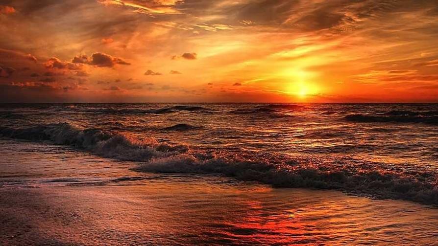 A la playa con Alberto - La historia en anecdotas - Facil Desviarse | DelSol 99.5 FM