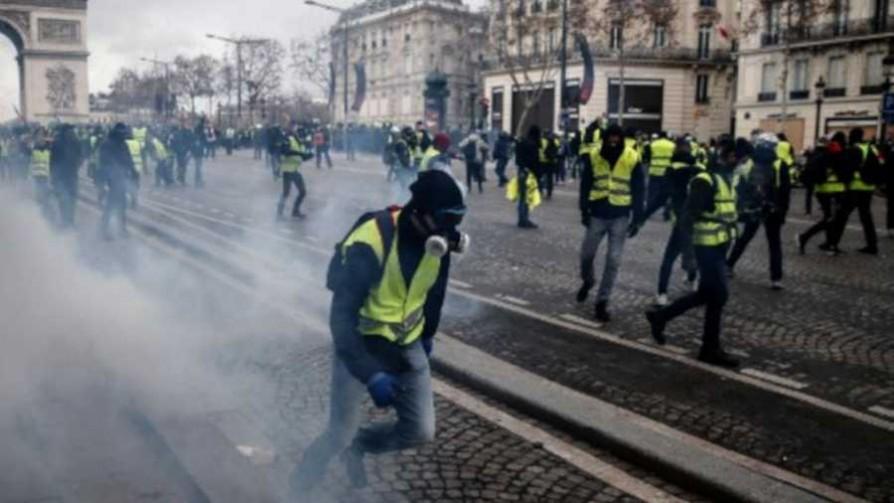 La Francia de los perdedores - Entrevistas - 13a0 | DelSol 99.5 FM