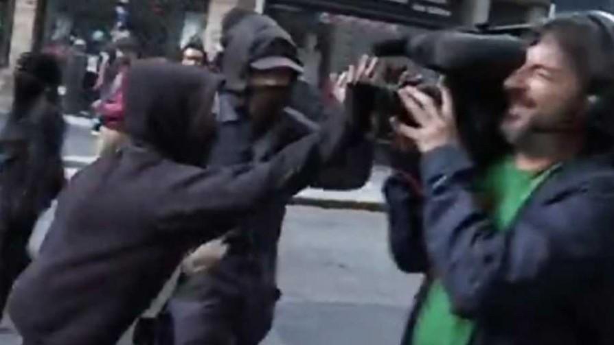 Formalizaron a dos detenidos por disturbios en marcha contra el G20 - Cambalache - La Mesa de los Galanes | DelSol 99.5 FM
