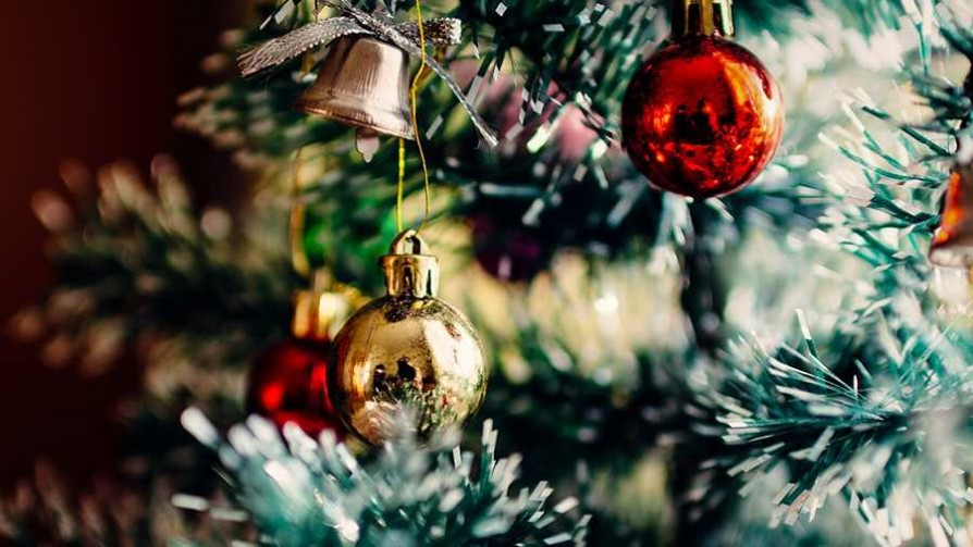 Si tuvieran que cambiar algún ítem navideño, ¿cuál sería? - Sobremesa - La Mesa de los Galanes | DelSol 99.5 FM