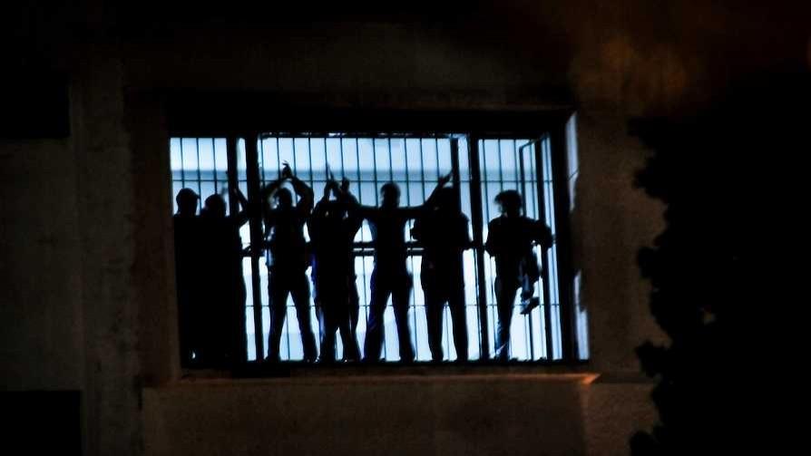 """Darwin elogió la respuesta del MI por la """"situación coyuntural"""" en las cárceles - Columna de Darwin - No Toquen Nada   DelSol 99.5 FM"""