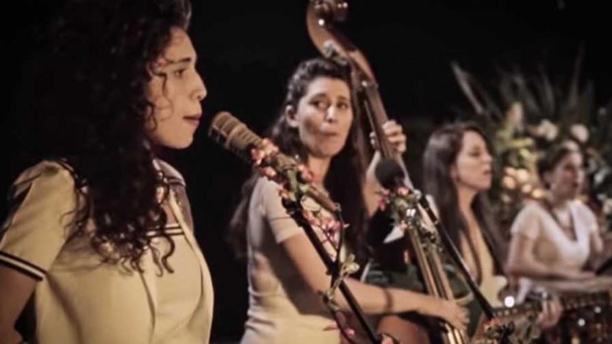 Deconstruyamos el Cosquín Rock - Musica nueva para dos viejos chotos - Facil Desviarse | DelSol 99.5 FM