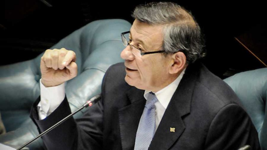 La Comisión Permanente del Parlamento respaldó a Cancillería respecto a Venezuela - Titulares y suplentes - La Mesa de los Galanes | DelSol 99.5 FM