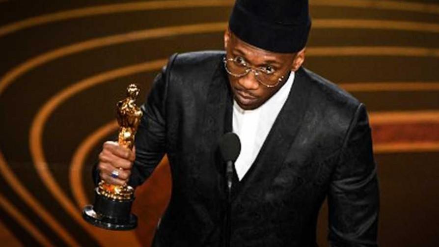 Y el Oscar es para... la diversidad - Televicio - Facil Desviarse | DelSol 99.5 FM