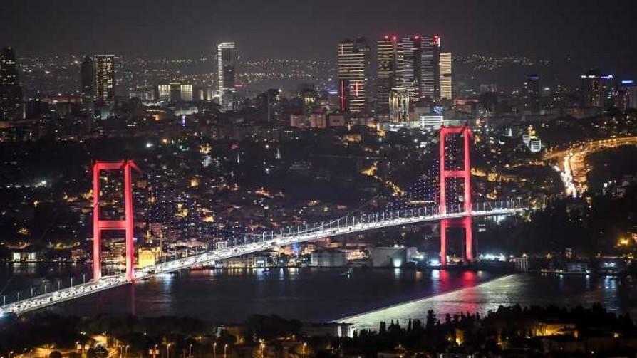 Pamuk y su amargo amor por Estambul - Ciudades Dispersas - No Toquen Nada | DelSol 99.5 FM