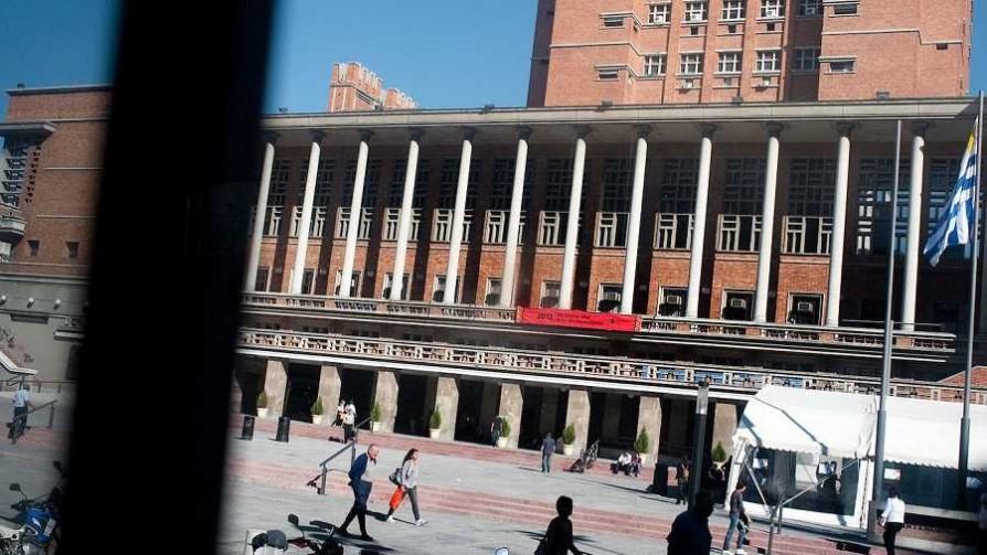 El parque Rivera podría llamarse Charrúa y habría más bebederos en Montevideo - Informes - No Toquen Nada | DelSol 99.5 FM