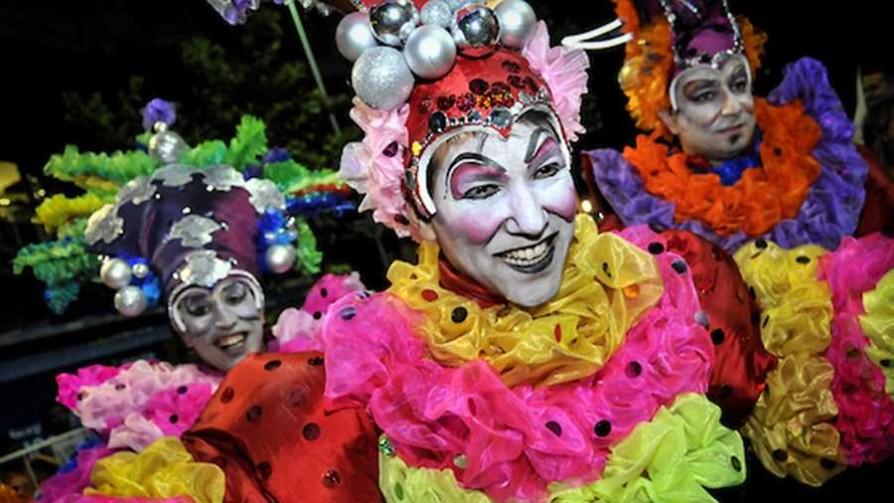 Tienen que sacar el Carnaval y poner otra fiesta popular, ¿qué harían? - Sobremesa - La Mesa de los Galanes | DelSol 99.5 FM