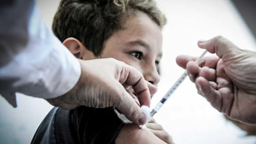 La vacuna de HPV a escolares varones y la foto de la hija de Andrade - NTN Concentrado - No Toquen Nada | DelSol 99.5 FM