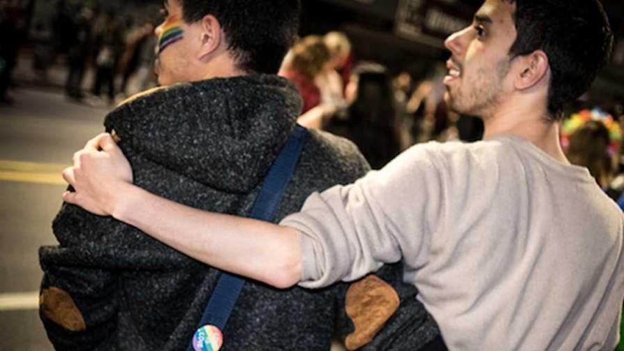 ¿Cómo son las parejas homosexuales uruguayas? - Entrevista central - Facil Desviarse | DelSol 99.5 FM