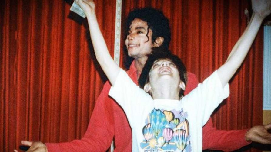 Leaving Neverland: ¿dejando atrás a Michael Jackson? - Televicio - Facil Desviarse | DelSol 99.5 FM