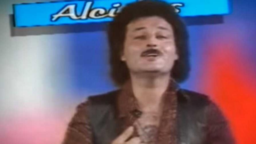 Tío Aldo y una deliciosa versión de Alcides - Tio Aldo - La Mesa de los Galanes | DelSol 99.5 FM