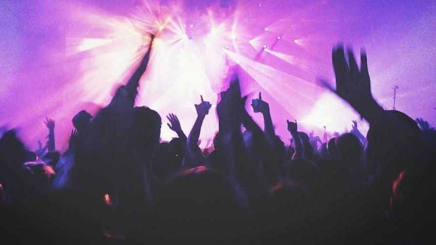 ¿Qué tema musical te hace salir a bailar sin dudar? - Sobremesa - La Mesa de los Galanes | DelSol 99.5 FM